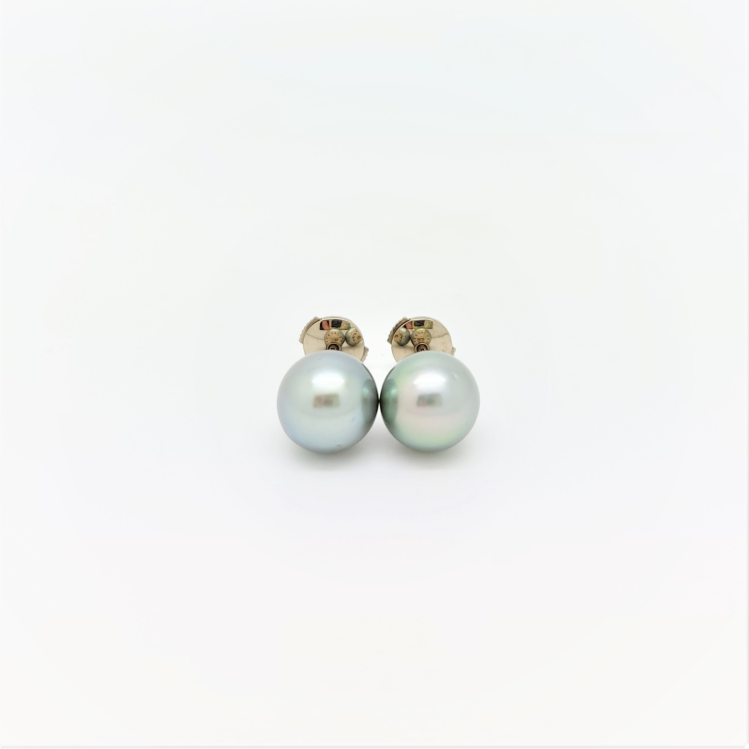 Boutons d\'oreilles 2 perles de Tahiti de 8 mm couleur bleu vert clair