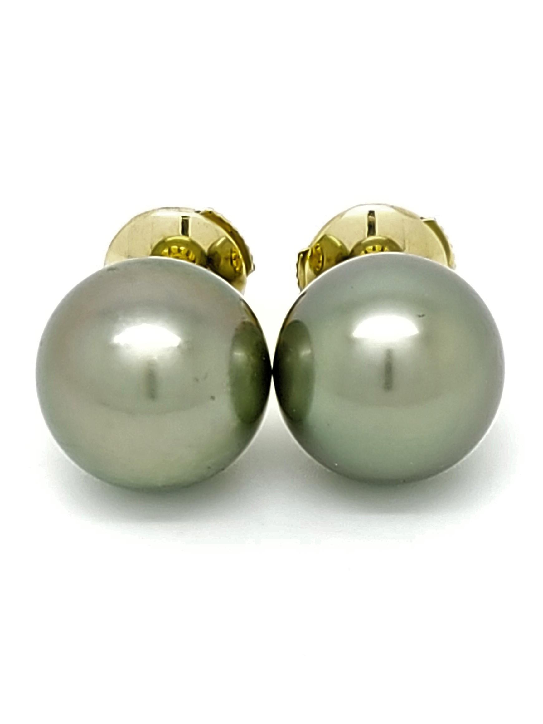 Boutons d\'oreilles 2 perles de Tahiti de 10 mm couleur pistache