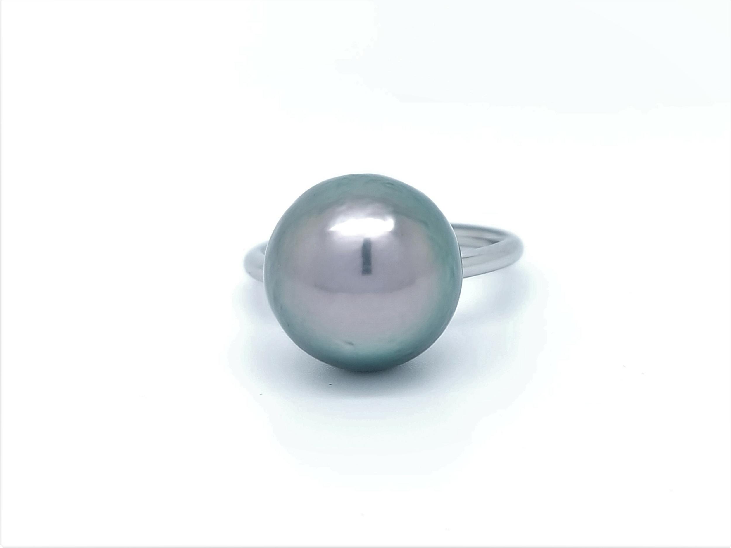 Bague essentiel en acier 1 perle de Tahiti de 12 mm de couleur queue-de-paon vert