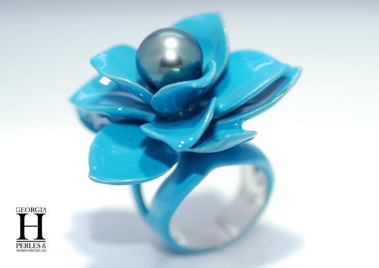 Bague Magnolia bleu et 1 perle de Tahiti