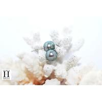 Boucles d'oreilles Boutons et perles de tahiti queue de paon