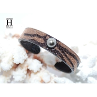 Bracelet Africa galuchat zébré et perle de tahiti