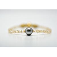 "Bracelet ""Manhattan"" perles swarovski couleur doré et une perle de Tahiti"