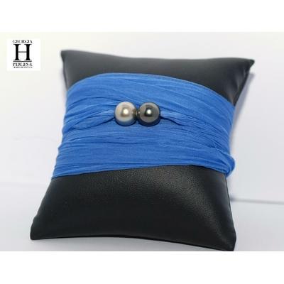 Bracelet manchette soie bleu et perles de tahiti