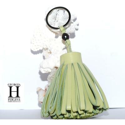 Pompon Vert pastel et perle de tahiti