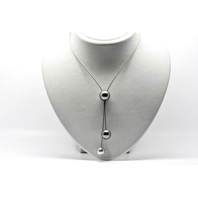 """Collier cravate """"TRIPLET"""" 3 perles de Tahiti câble acier hypoallergénique"""