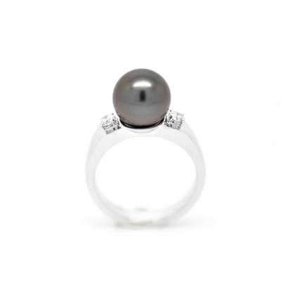 "Bague ""SOLITAIRE"" or blanc, diamants et perle de Tahiti"