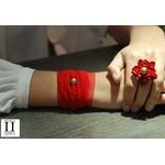 Bracelet manchette soie rouge et perle de tahiti (2)