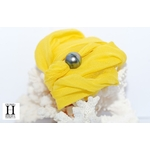 Bracelet manchette soie jaune et perle de tahiti (3)