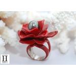 Bague Magniolia rouge et perle de tahiti (2)