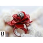 Bague Magniolia rouge et perle de tahiti (6)