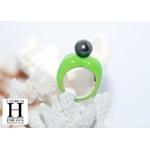 Bague Double-Coeur vert et perle de tahiti (3)