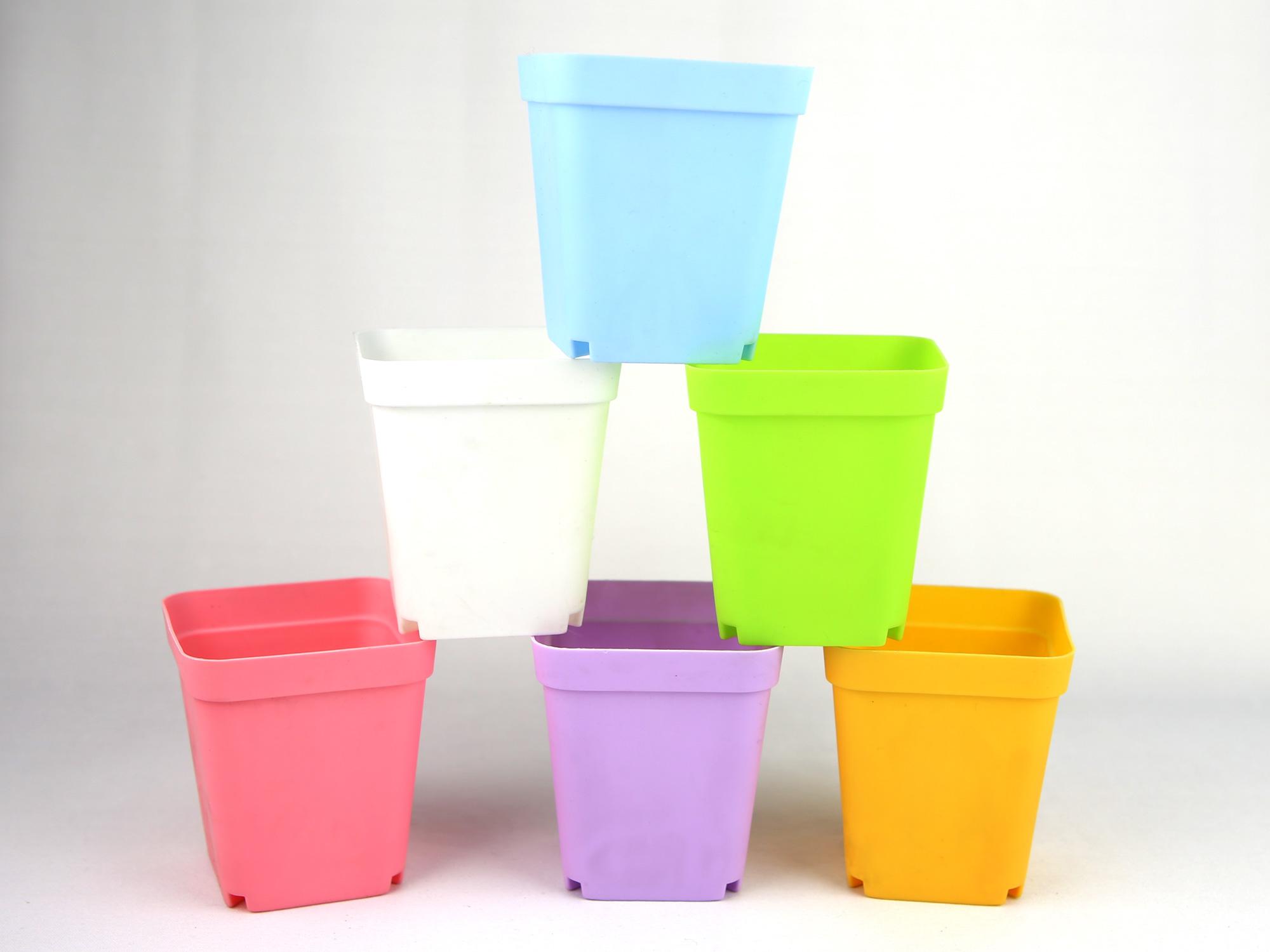 Lot 50 petits pots à fleurs carrées résine thermoformé pour brins de muguets DMP2