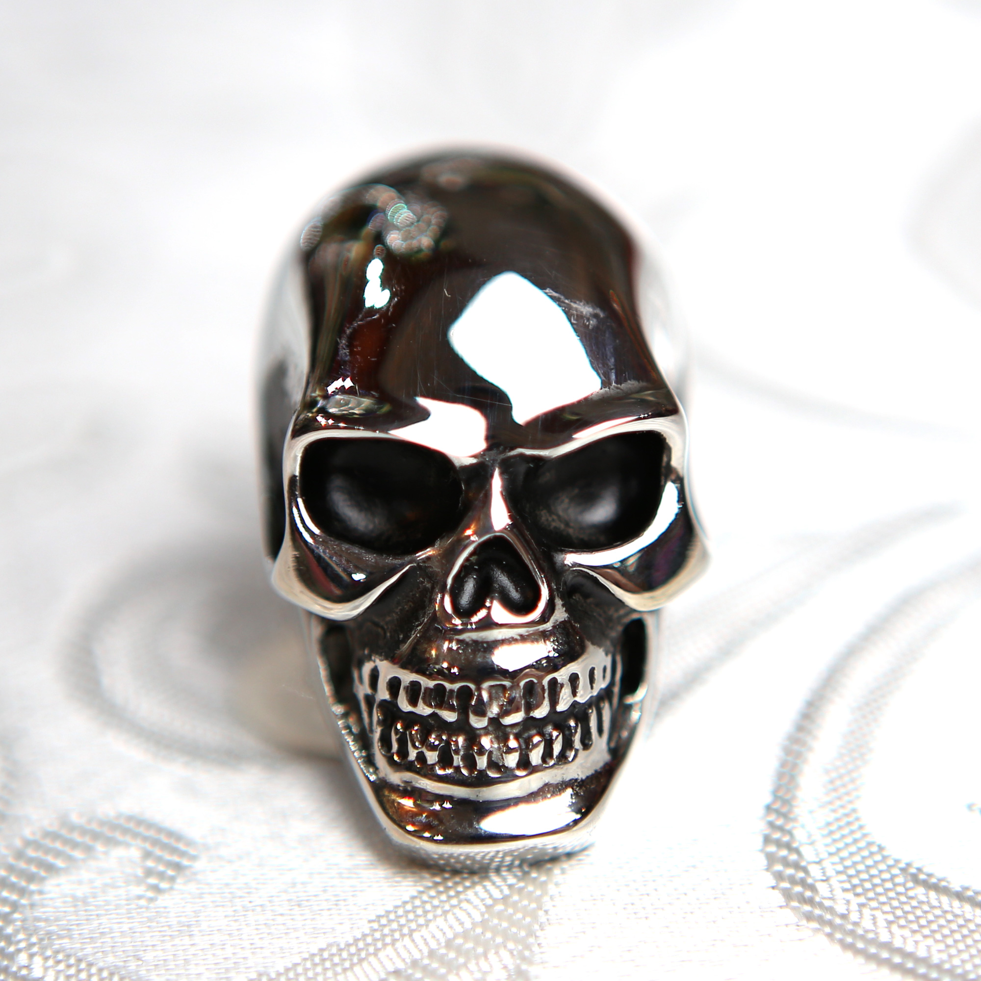 bague acier cr ne t te de mort big skull gothique bgt11 bijoux bagues acier cadoshop. Black Bedroom Furniture Sets. Home Design Ideas