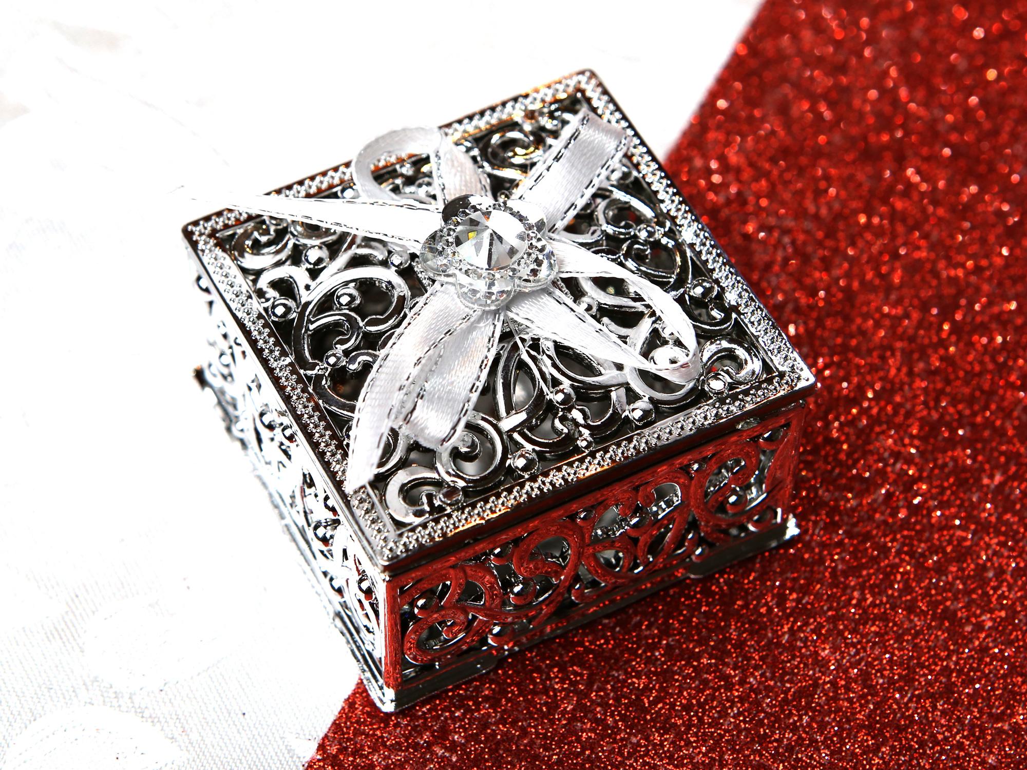 50 Boîtes à dragées métallisés carrées mariage cérémonie BTD27