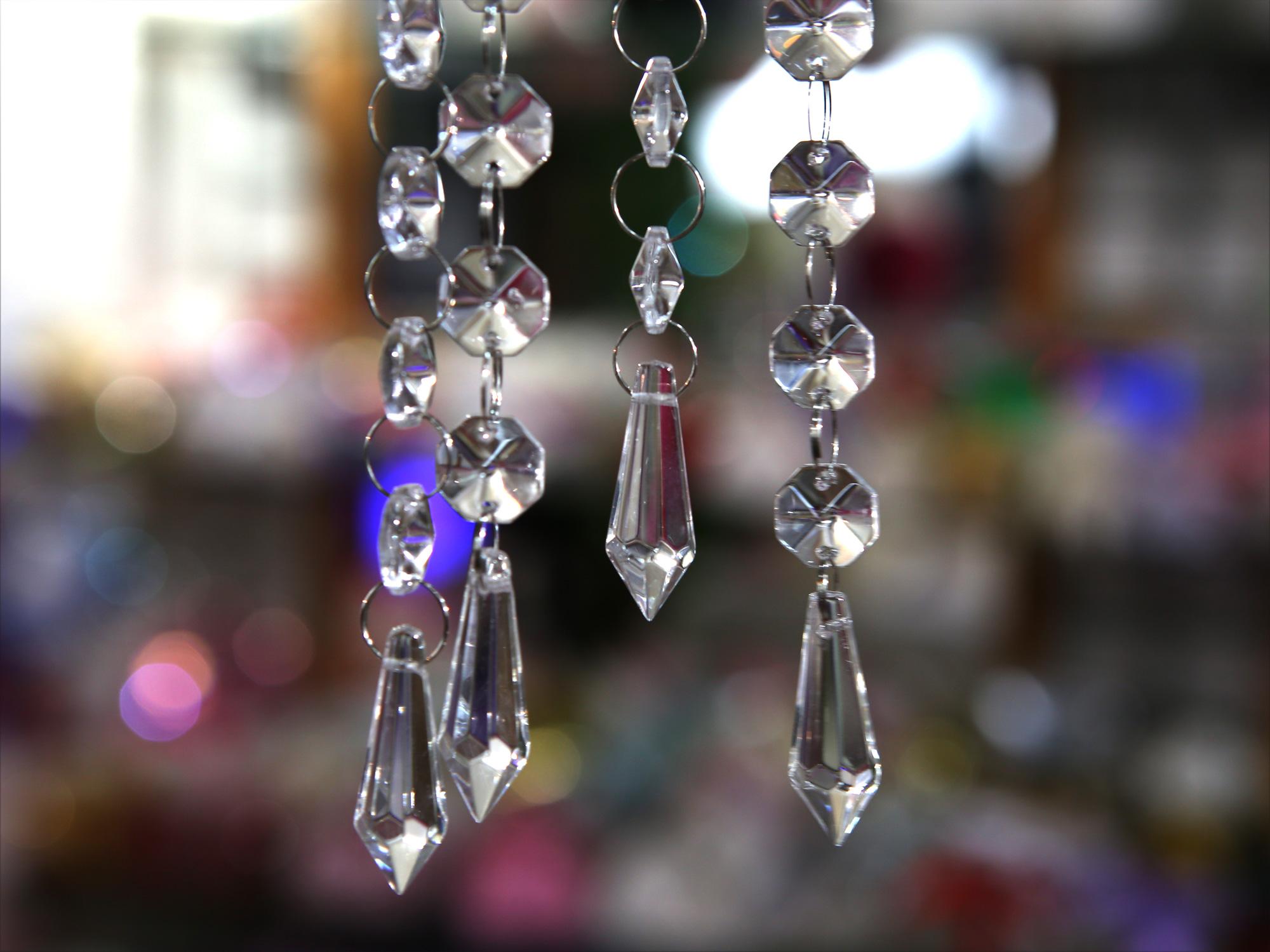 Pampille goutte d\'eau cristal Multi facettes décoration mariage MDP4