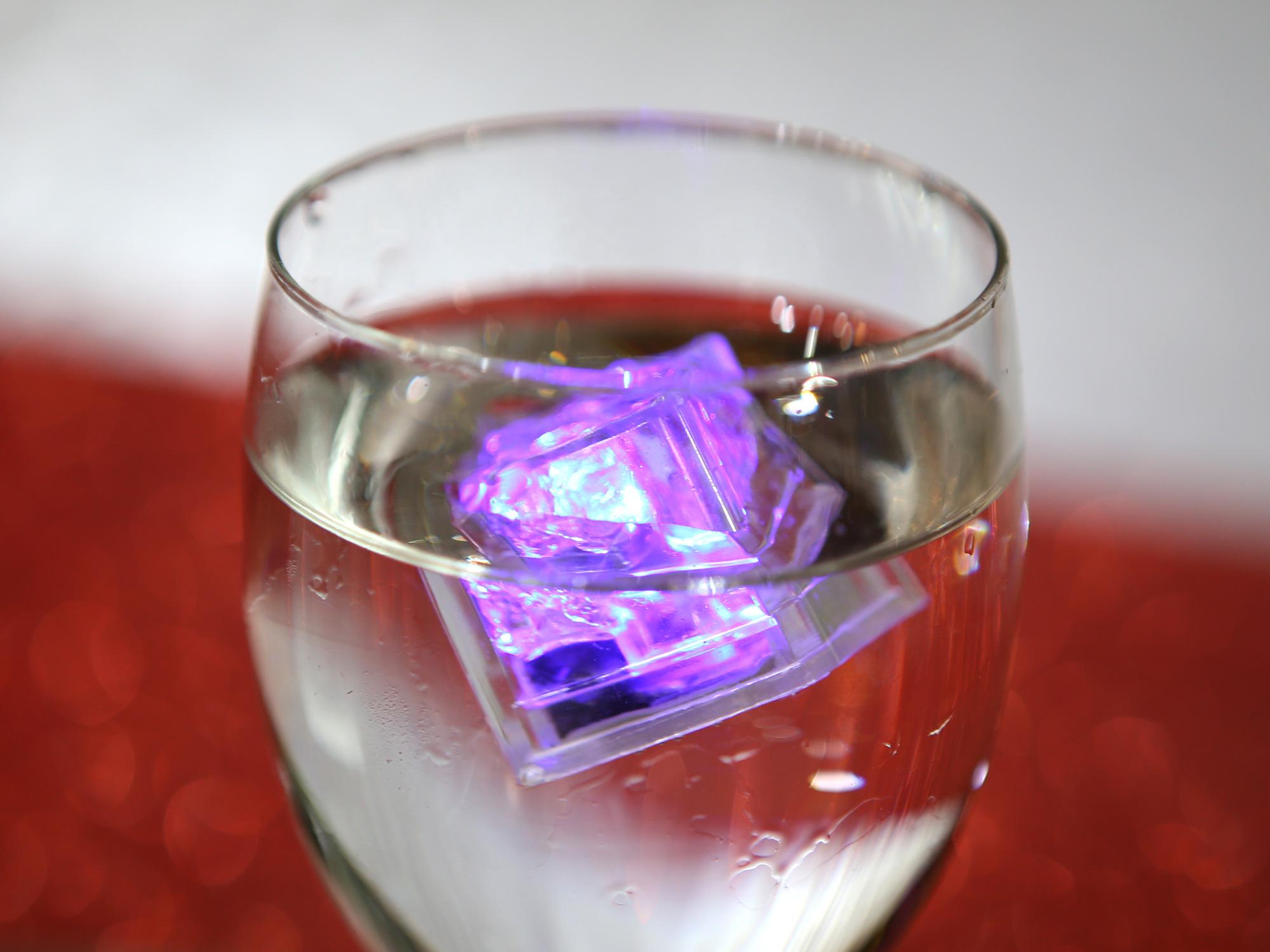 12 Glaçons lumineux LED mariage BGL4
