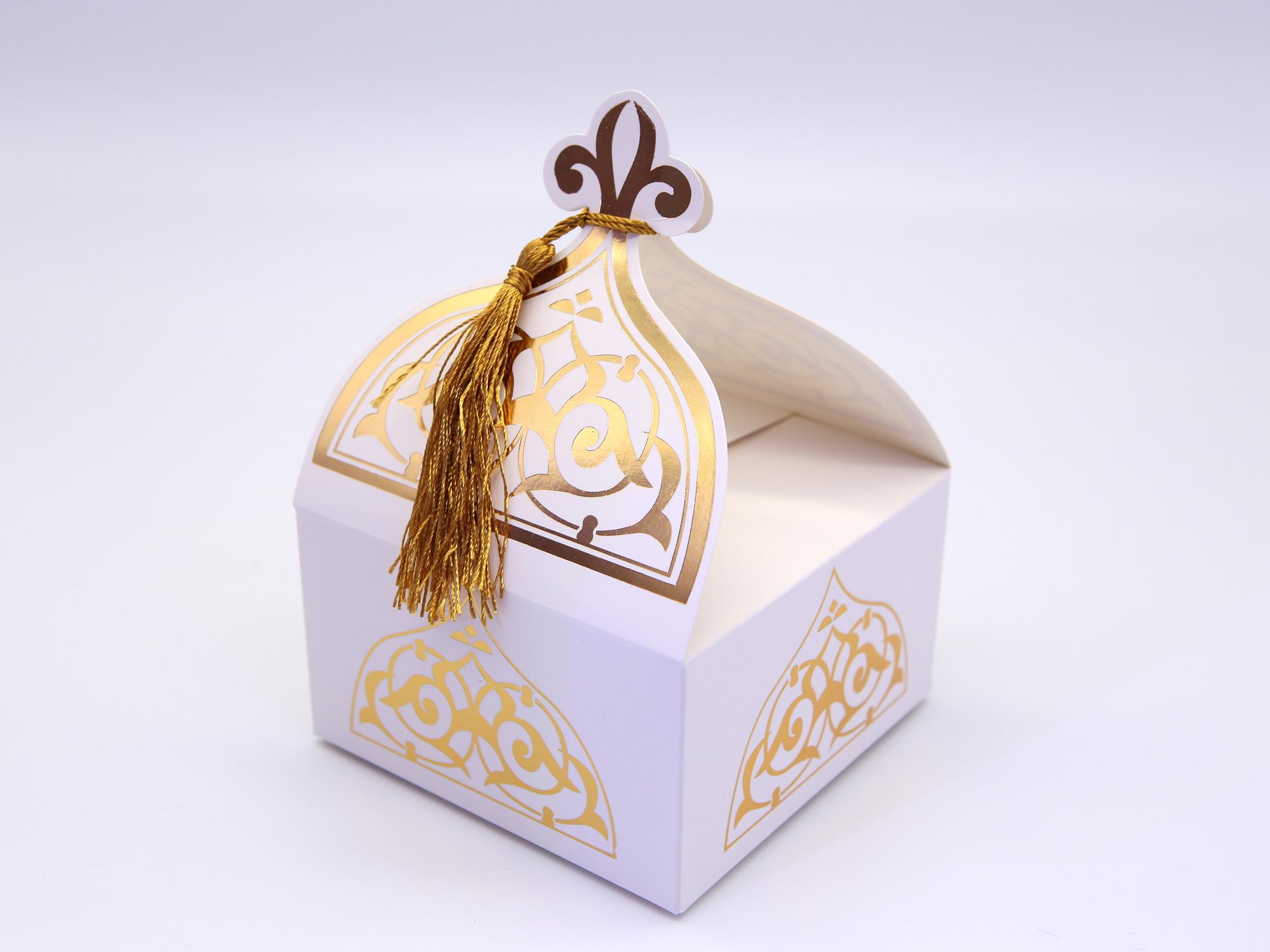 50 boîtes à gâteaux oriental pour mariage baptême motif floral BTC23 blanc Doré