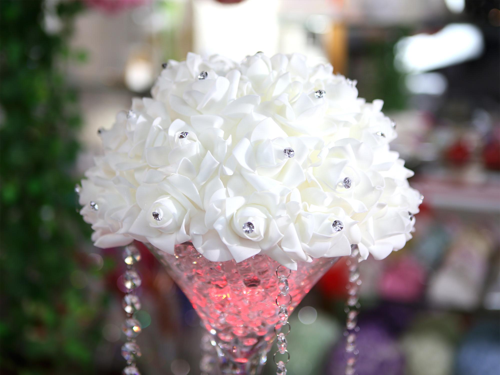 Demi Boule de fleur artificielle avec des strass 28 cm diamètre