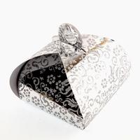 50 boîtes à gâteaux pour faire part mariage baptême motif floral BTC2 Argenté