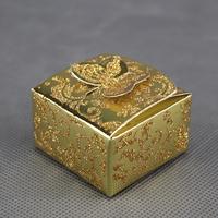 50 boîtes à dragées orientaux pour faire part mariage baptême motif papillon BTC8 Doré Paillette