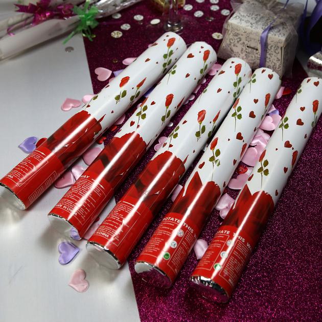 10 canons confettis p tales de rose cnp2 d co mariage. Black Bedroom Furniture Sets. Home Design Ideas