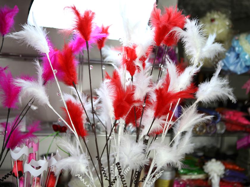 10 tiges avec plume d coration mariage mtg2 mariage bapt me f te boule de rose fleurs. Black Bedroom Furniture Sets. Home Design Ideas