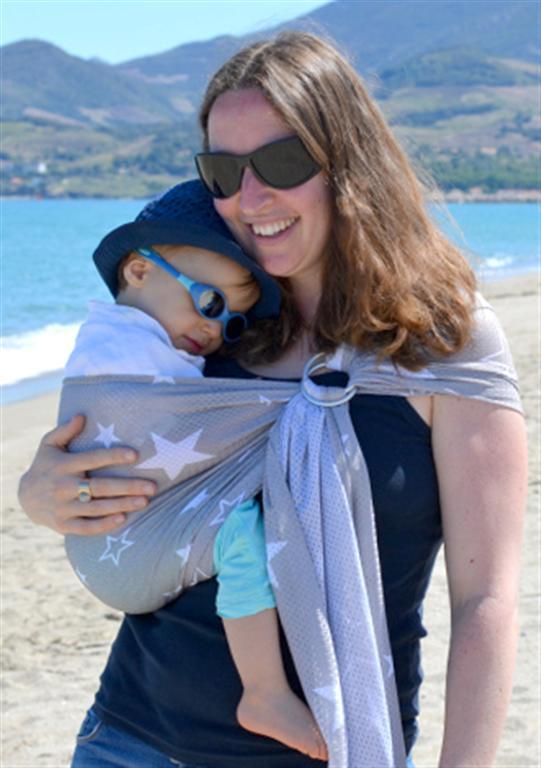 porte-bébé sling sukkiri gris étoiles blanches