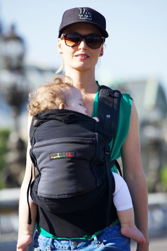 Porte-bébé Physiocarrier tablier noir poche anthracite - JPMBB