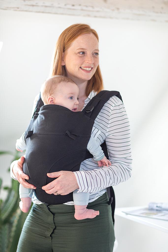 Comment porter son bébé avec le meilleur porte-bébé ?