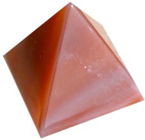 Pyramide Cornaline 30 mm - La pièce