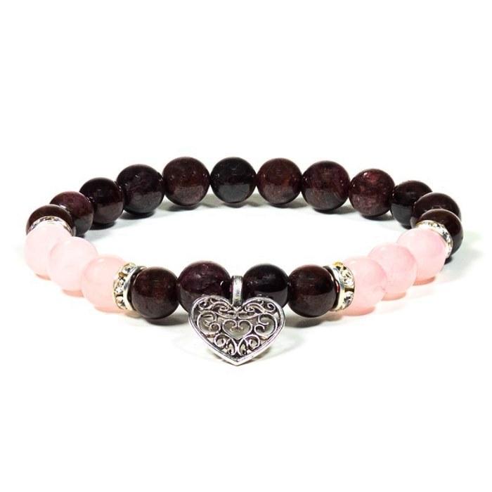 Bracelet en grenat et quartz rose avec un cœur | Perles de 8 mm