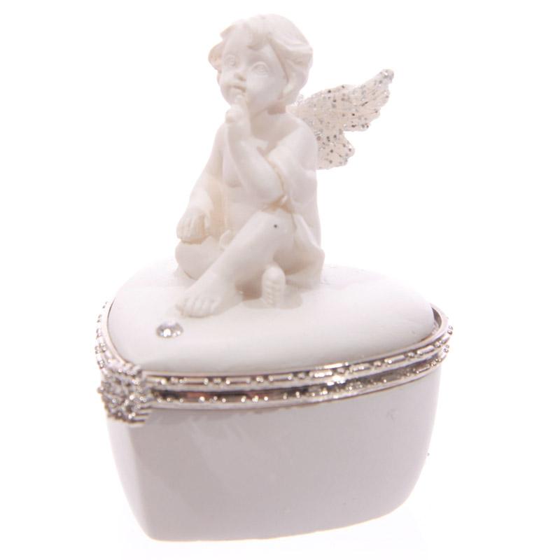 Chérubin Blanc assis sur Boîte Coeur Modèle A