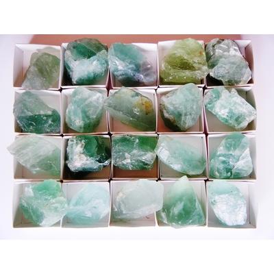 Fluorite verte de chine (petite) La pièce