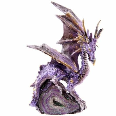 Figurine Dragon perché sur Une Petite Géode (A)