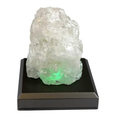 Roc en cristal de sel ( 7 cm )