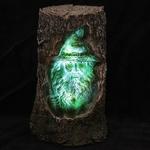 Sorcier sculpté bois éclairé par LED  DRG367 (6)