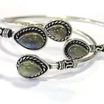 bracelet-jonc-avec-deux-labradorites-pierre
