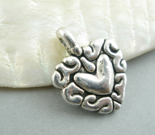 Lot de 10 Breloques coeur en métal argenté 12x13mm
