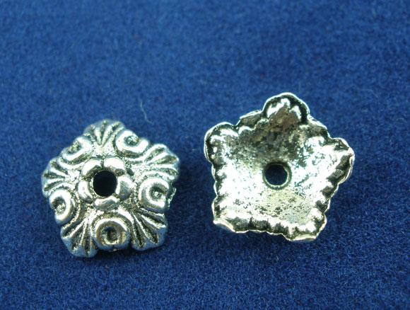 Lot de 12 Coupelles floral 10mm en métal argenté