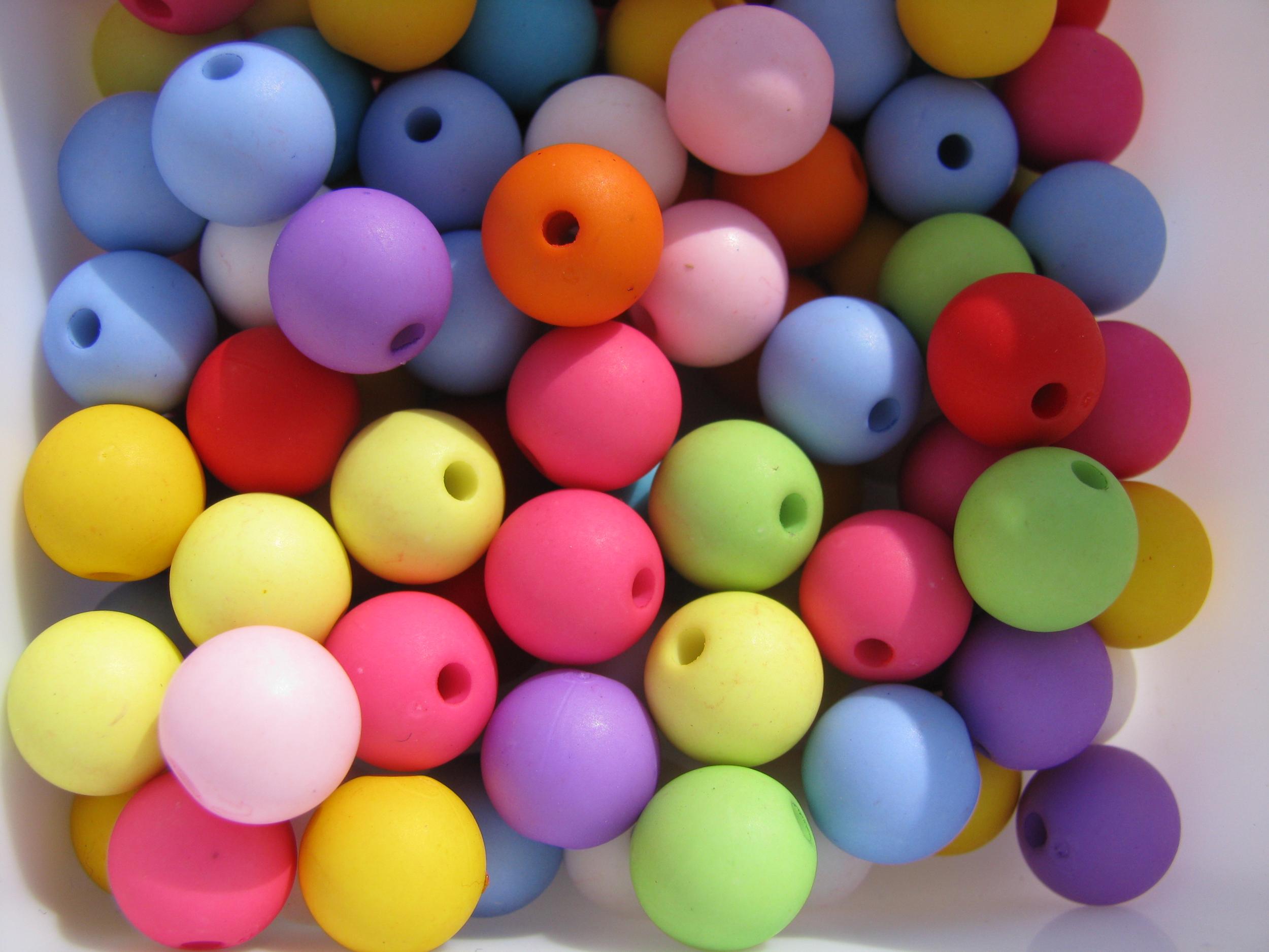 Lot de 20 perles fluo 10mm shamballa en acrylique