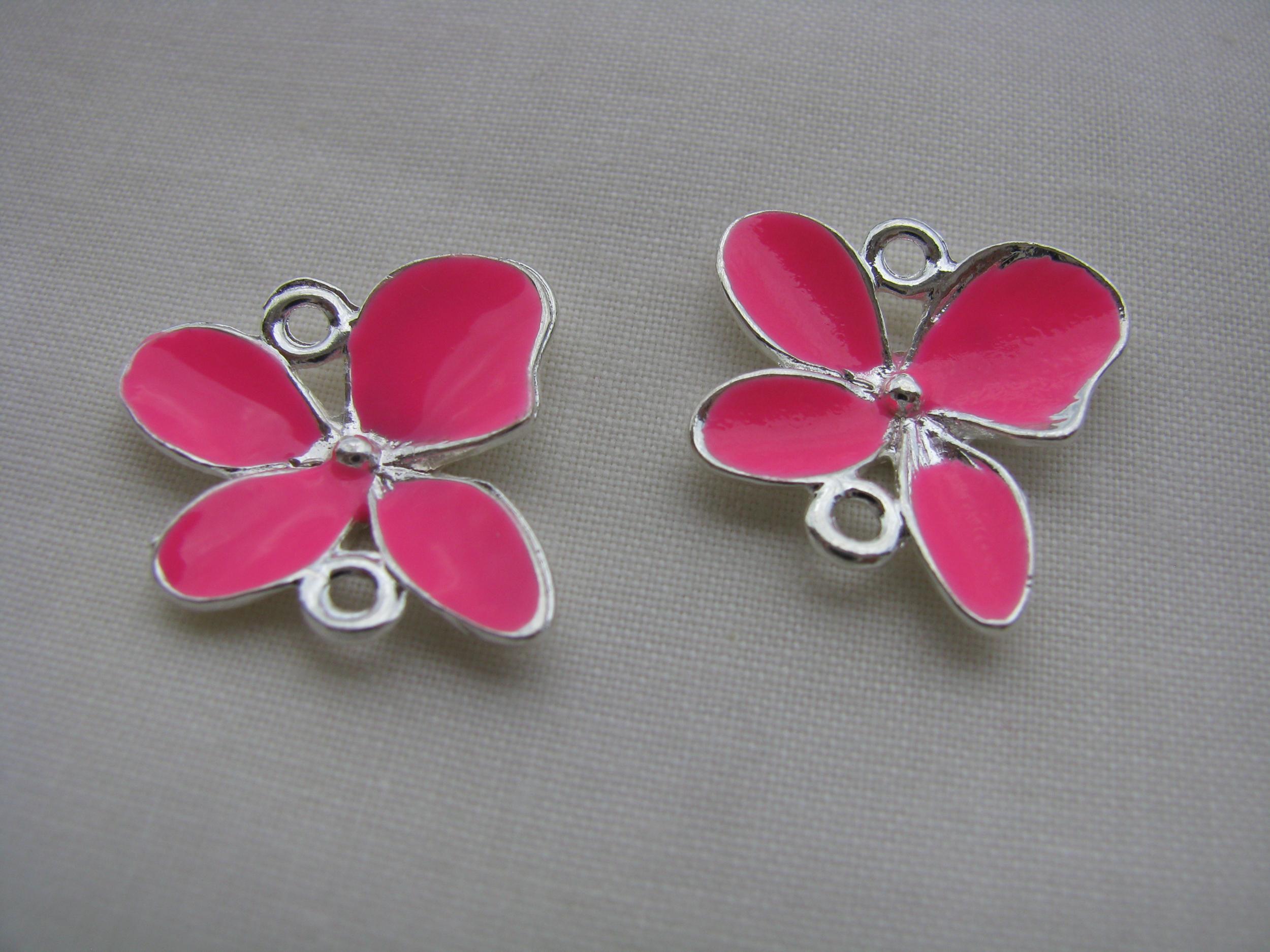 Pendentif connecteur émaillé breloque charms papillon rose fluo