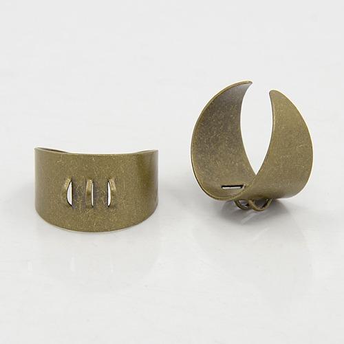 Support de bague avec anneaux en métal bronze antique Ø17mm
