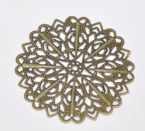 CT82  -  Lot de 4 estampes rondes en métal ajouré coloris bronze motif fleurs et étoiles fleuries  52mm