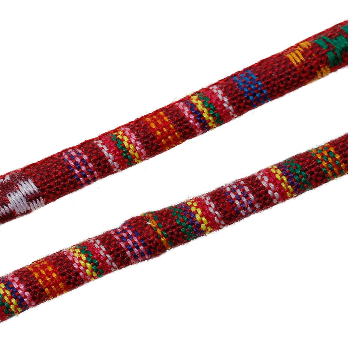 Un mètre de cordon en coton fantaisie rond de type ethnique