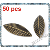 Lot de 50 Breloques feuilles en métal couleur bronze 21x7mm