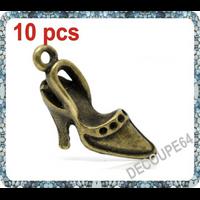 Lot de 10 Breloques chaussure en métal couleur bronze 26x11mm
