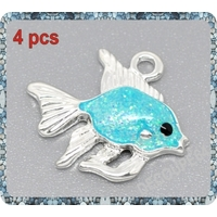 1 Pendentif poisson émaillé en métal argenté 19x17mm