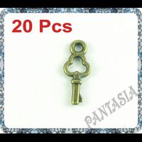 Lot de 20 breloques petite clés en métal couleur bronze 16x6.5mm
