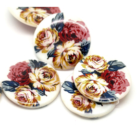 Lot de 2  perles en coquillage rondes 3 fleurs multicolore  30 mm